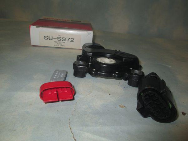 SW-5972 MOTORCRAFT (F2DZ-7A247-AA) NEUTRAL SAFETY SWITCH (NEW)