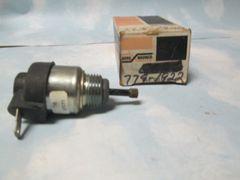 779-1922 CARB SOLENOID NEW BORG WARNER ECS-34