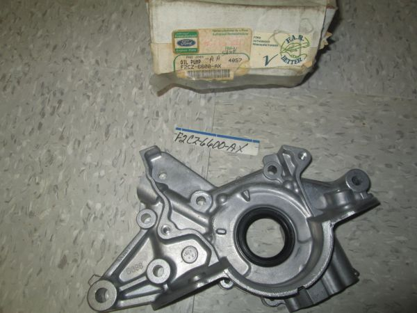 F2CZ-6600-AA FORD CAPRI OIL PUMP OEM NEW