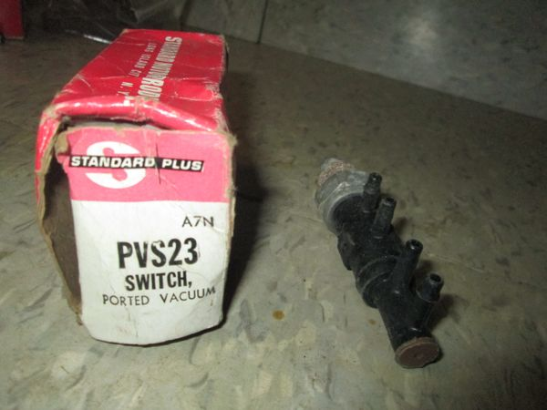 PVS23 STANDARD PORTED 1980 LINCOLN SWITCH NEW