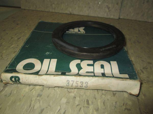 37533 CR OIL SEAL
