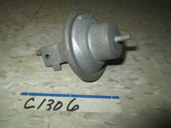C1306 VACUUM ADVANCE 62-63 ENGINE 318 NOS