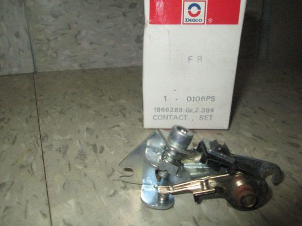 D106PS DELCO REMY GM 56-74 POINTS CHEVELLE CORVETTE Z-28C NASH CONTACT SET NOS