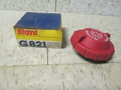 G821 STANT FUEL CAP ROUND RED 2.75 FORD E350 ECONOLINE N0S