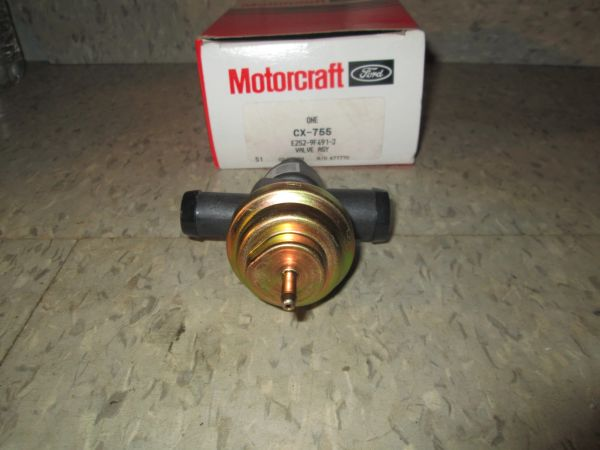 CX-755 MOTORCRAFT DIVERTER EXHAST AIR VALVE FITS 81-95 FORD LINCOLN MERCURY E- F- SERIES VAN E4PE-9F491-JA NEW