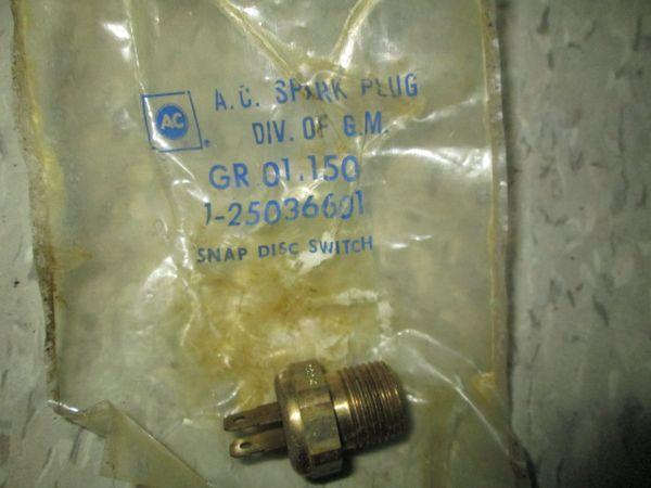 25036601 AC DELCO COOLANT TEMPERATURE 82-86 GM SWITCH NEW