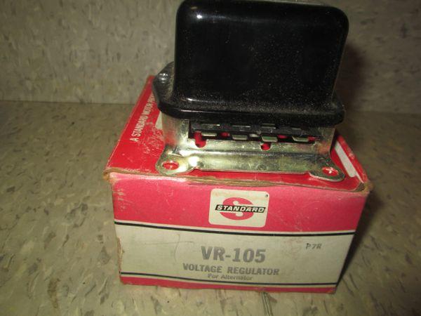 VR-105 STANDARD VOLTAGE REGULATOR | International Scout Pick-up 1968-1974 NOS