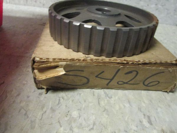 S426 GM ENGINE CRANKSHAFT TIMING GEAR SPROKET NOS