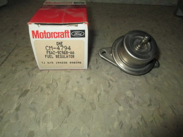 CM-4794 MOTORCRAFT FUEL REGULATOR FITS 96 V6 FLEX FORD TAURUS NEW