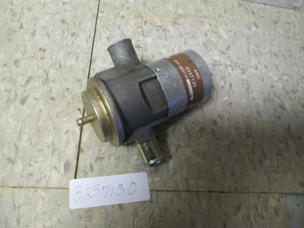 3237130 AMC CHRYSLER AIR PUMP DIVERTER VALVE NOS