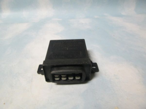 0 333 402 006 BOSCH CONTROL UNIT GLOW PLUG NEW