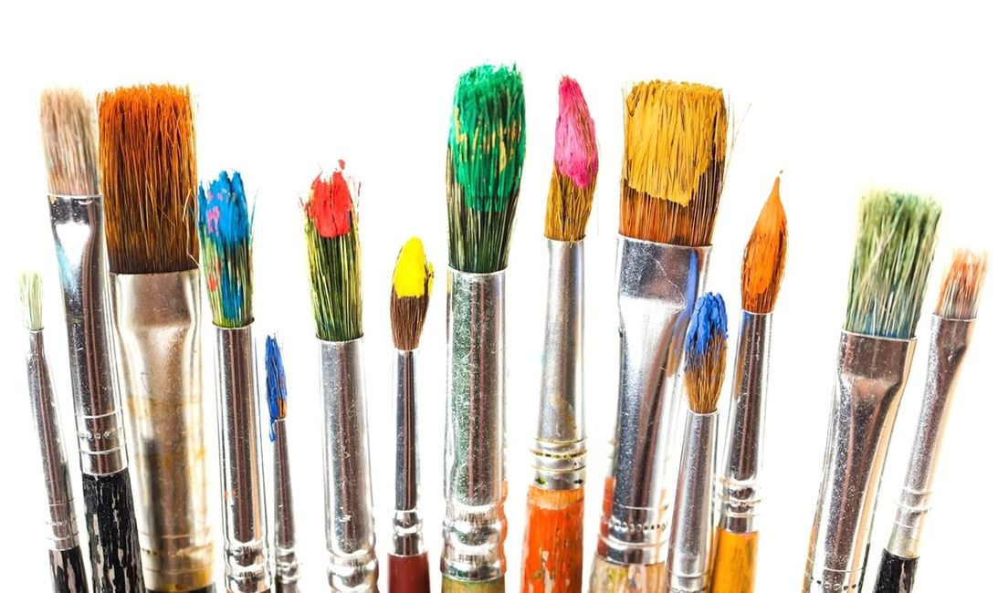 Paintbrushes, brushes, paint, artist, art, animation, cartoon, picture books, design, illustration