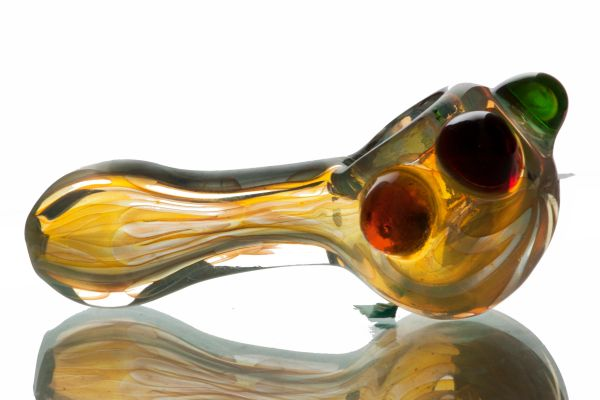 """GP03 - 3"""" Color Changing Glass Pipe With Colored Knobs"""