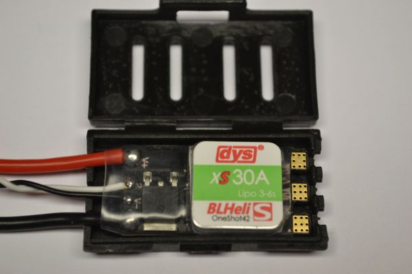 DYS XS30A Blheli S ELECTRONIC SPEED CONTROLLER