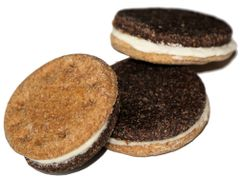 Sandwich Cookie Dog Treat