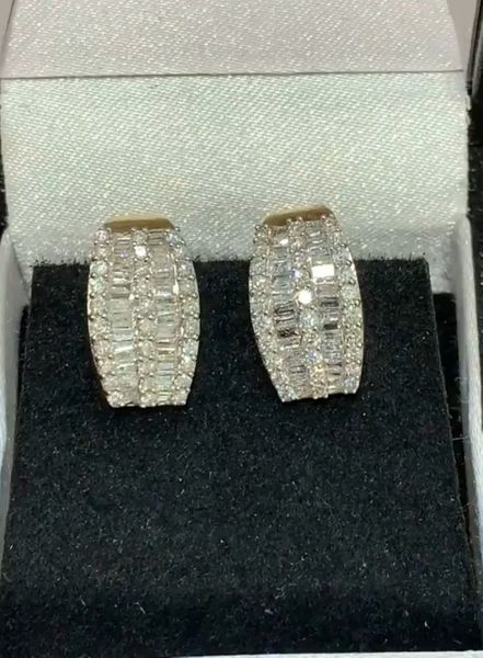 14 KT 1.00 CTW DIAMOND EARRINGS W/ OMEGA BACKS