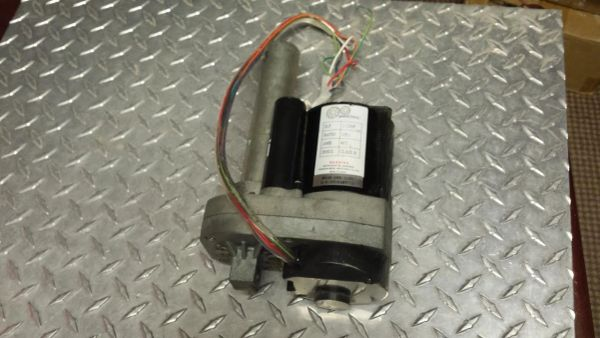 Horizon 3.0T # SCA302002 Incline Motor Used Ref. # JG2737