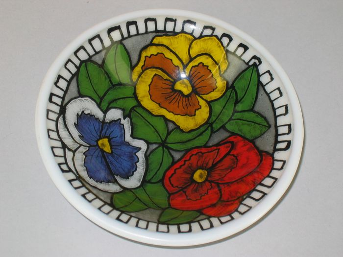 reverse painting on glass, pansies