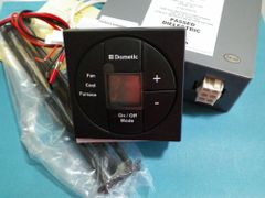 Dometic Single Zone LCD Thermostat, Cool/Furnace/Fan, 3313189.015