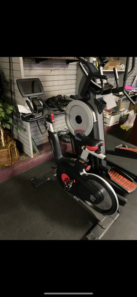 LifeFitness IC5 New with MY RIDE