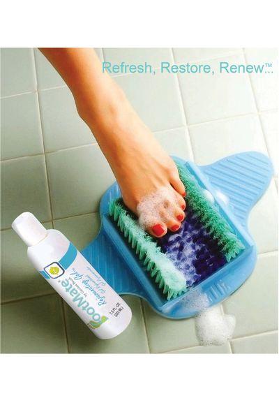 FootMate® Foot Scrubber Shower Mat