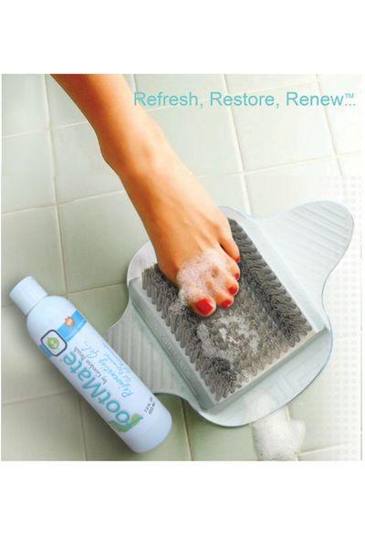 FootMate® White Shower Foot Scrubber Mat