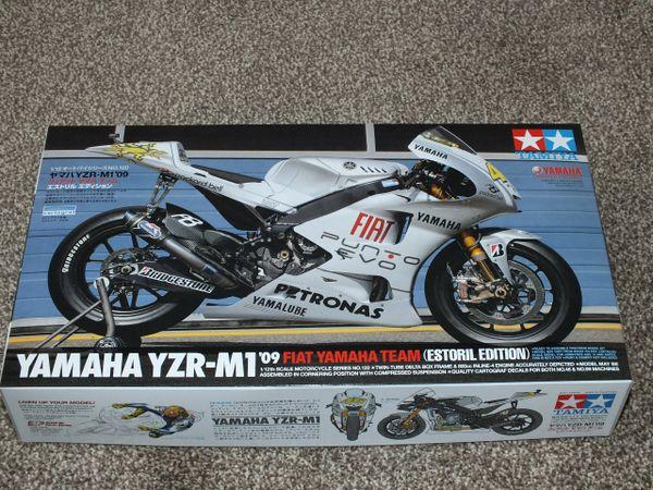 Tamiya 14120 1 12 Model Kit Fiat Yamaha Yzr M1 09 Estoril Motogp Rossi Lorenzo