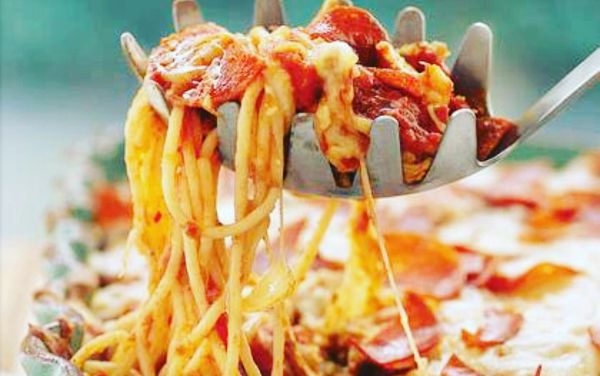 ⭐️Pizza Spaghetti Casserole Monday Delivery