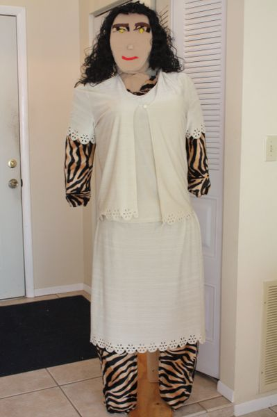 TIGRESS IN TWO PIECE CREME WHITE DRESS SET