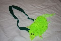 GATOR MEDIUM SIZE, BRIGHT GREEN, GATOR AS PURSE OR BELT BUCKLE.