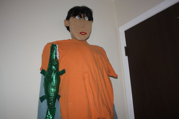 OUR LARGE GREEN GATOR APPEALS TO MOST MEN