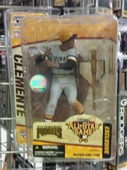 Pittsburgh Pirates Exclusive Roberto Clemente McFarlane Figure All Star