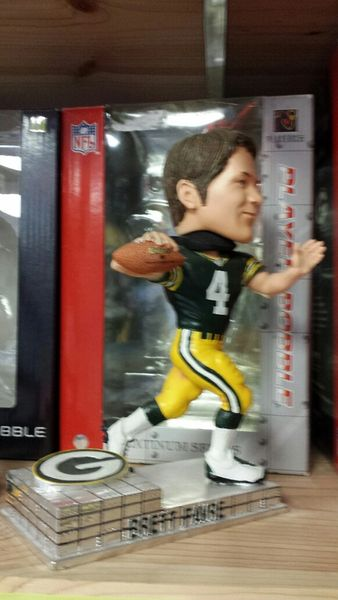 Green Bay Packers Brett Favre Bobblehead Platinum Base