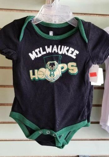 MILWAUKEE BUCKS ONESIE CREEPER ROMPER COVERALL BABY INFANT NWT LICENSED NBA
