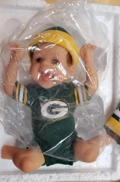 Green Bay Packers Ashton- Drake Touchdown Packers Figure Baby
