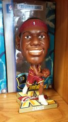 Lebron James Cleveland Cavaliers Big Head Bobblehead Red Jersey