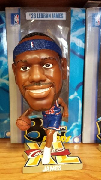 Lebron James Cleveland Cavaliers Big Head Bobblehead Blue Jersey