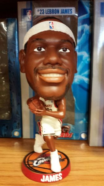 Lebron James Cleveland Cavaliers Big Head Bobblehead White Jersey