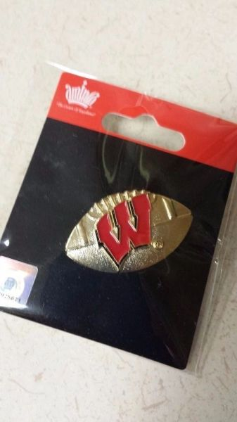 "WISCONSIN BADGERS FOOTBALL ""W"" LOGO LAPEL PIN"