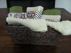 4 Bar Gift Basket