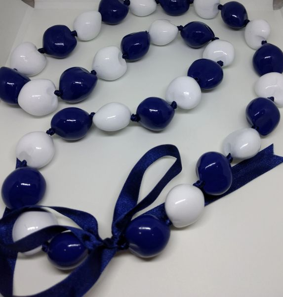 Kukuinut Lei Blue and White