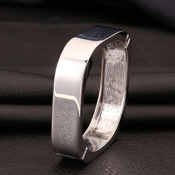 Square solid bangle