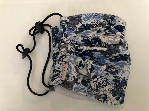 Printed fabric pleated mask - Blue Floral