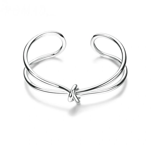 Alloy knot bangle