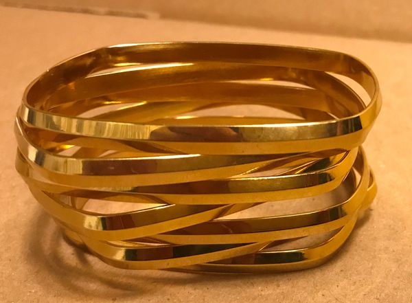 Stainless steel square bangle set