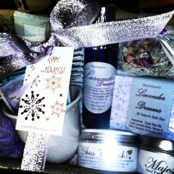 Ultimate Lavender Dreams Spa Basket