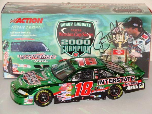 """2000 Action 1/24 #18 Interstate Batteries """"2000 WC Champion"""" Colorchrome Pontiac GP Bobby Labonte CWC AUTOGRAPHED"""