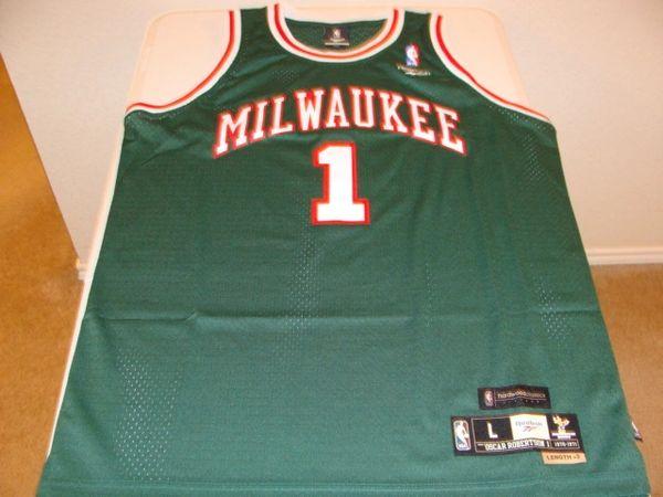 #1 OSCAR ROBERTSON Milwaukee Bucks NBA Guard Green Throwback Jersey