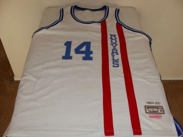 #14 OSCAR ROBERTSON Cincinnati Royals NBA Guard White Throwback Jersey