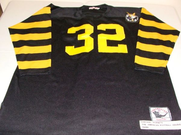 #32 CHICAGO Hornets AAFC Team Black L/S Throwback Jersey